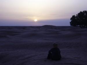 coucher soleil désert
