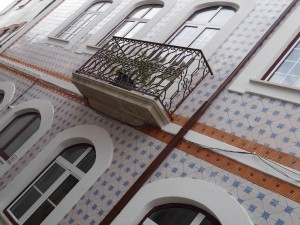 façade azulejos, Penacova, Portugal